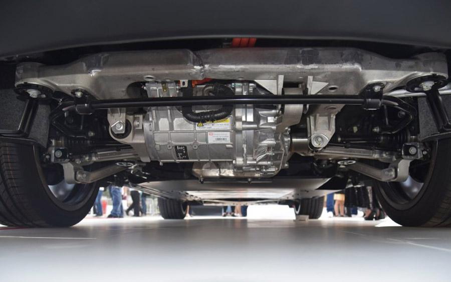 比亚迪带唐宋新能源版参展 将开启新车预售模式