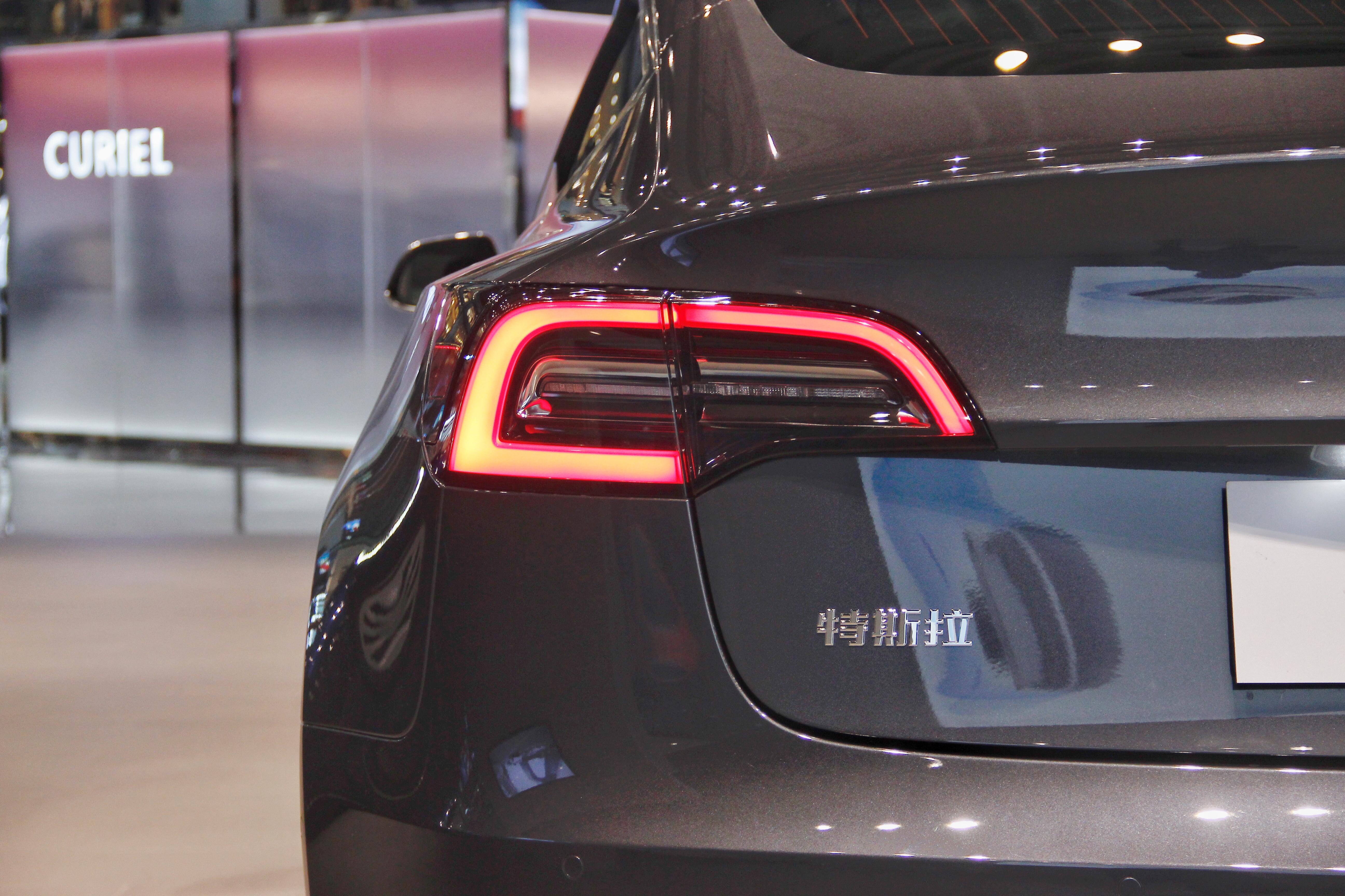 先睹为快! 国产版特斯拉Model 3已到店
