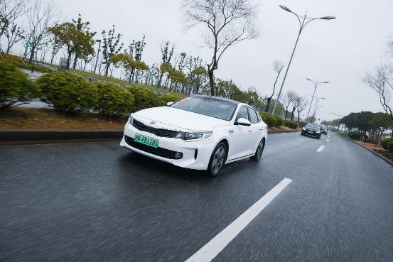 低油耗高性能 起亚K5 PHEV打造经济出行最优选