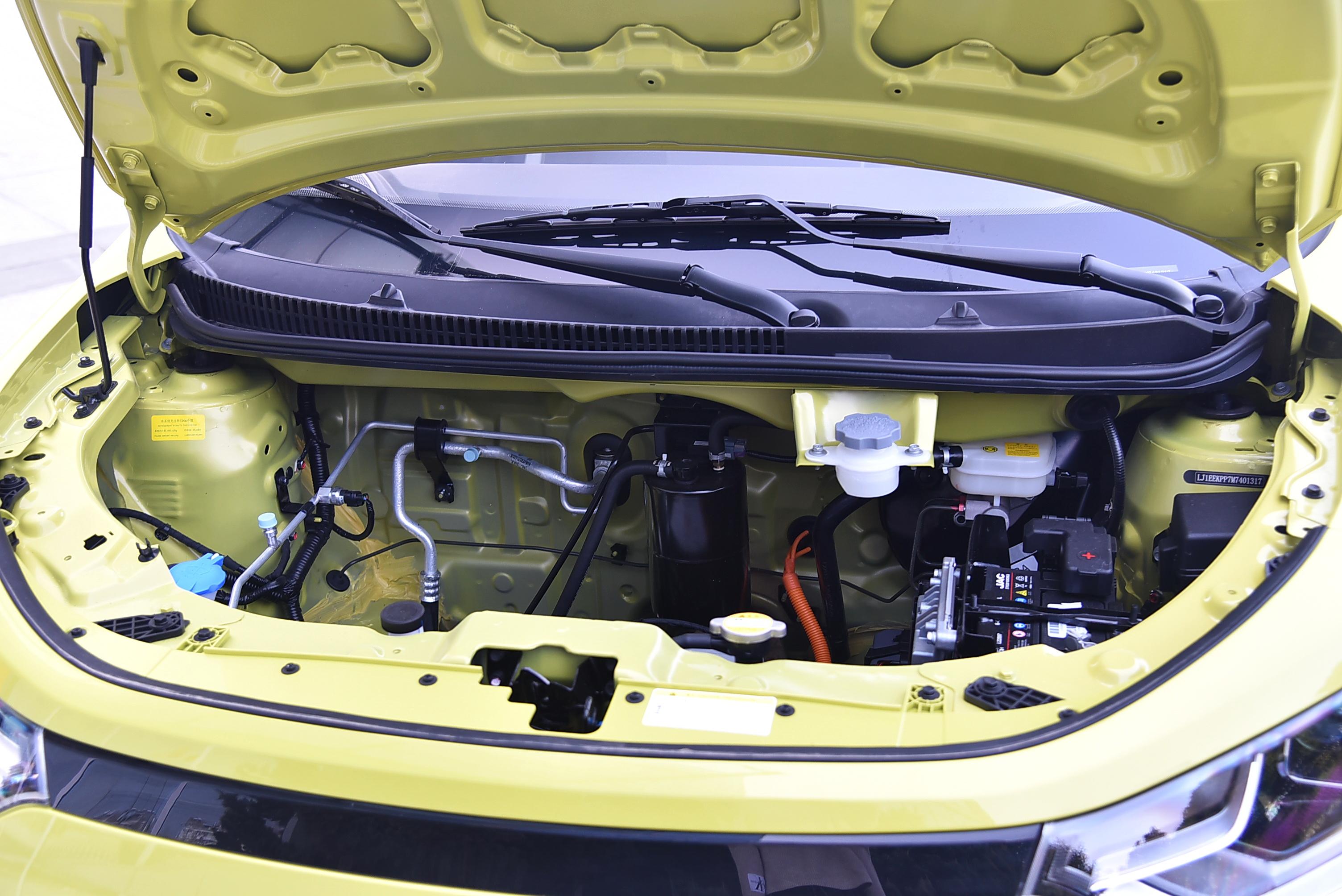 补贴后售价3.99万元起 思皓E10X正式上市抢占微型车市场