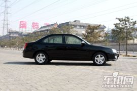 北京现代-伊兰特-1.6 自动舒适型