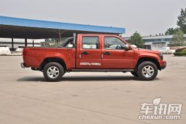 恒天汽车-途腾T1-2.2L汽油商务版