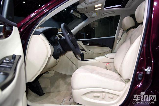 小车内部后座结构图