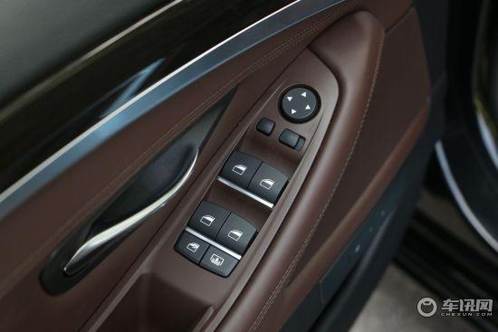 整体空间宽敞充裕,后排空间腿部空间舒适。购车咨询电话: 易总   24小时咨询杨经理   油耗   华晨宝马5系的燃油经济性较差,油耗较高。   混合动力版   宝马5系ActiveHybrid将搭载一个双增压直列六缸发动机,匹配一部8速自动变速器。因为车辆采用油电混动系统,因此车辆在燃油经济性方面要明显有不错的表现,并且车辆的动力并没有因为混动的结构而减弱,3.