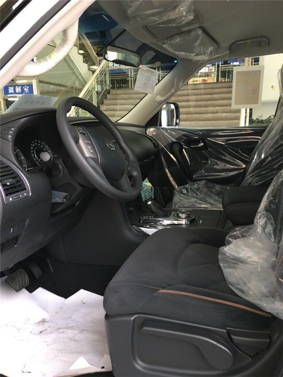 中东版日产途乐Y62最低价格全国上牌现车