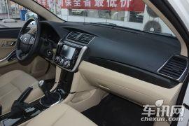 众泰汽车-众泰Z300-1.5L 手动尊享型