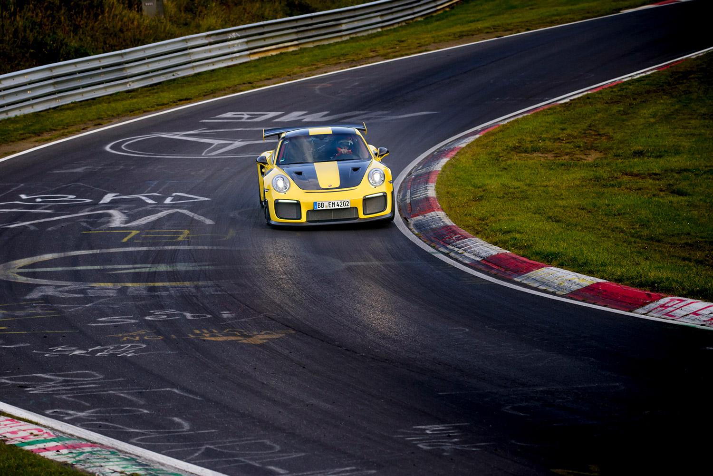 6分47.3秒 — 911 GT2 RS刷新跑车纽北圈速