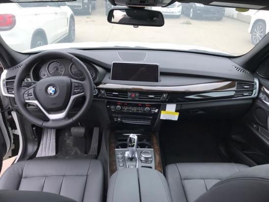 2018款宝马X5美规 大量现车可办理全国分期