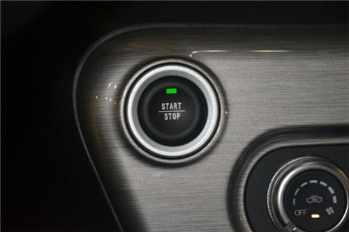 新品牌新车型 厦门实拍云度新能源π1