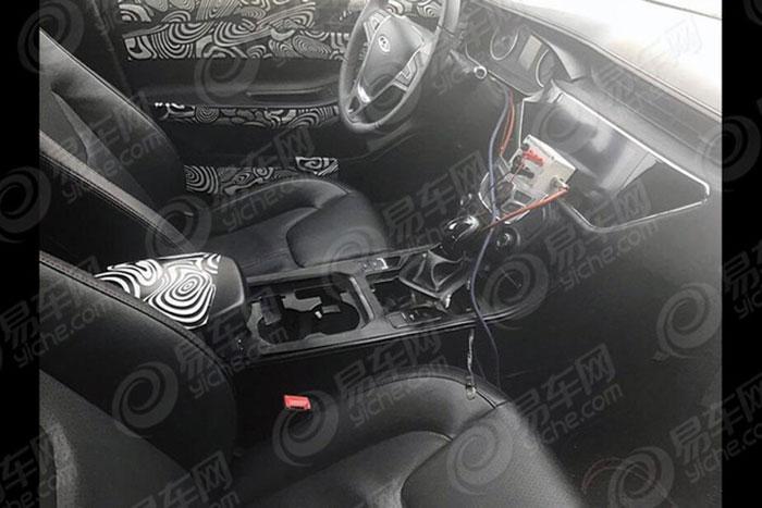 奇瑞汽车全新紧凑型轿车路试 或为艾瑞泽6