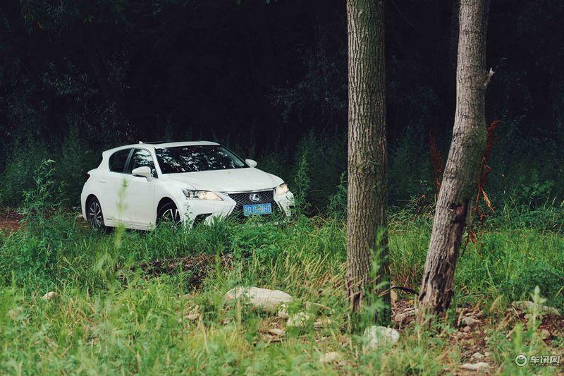 不用担心油耗 体验雷克萨斯CT200h的乐趣