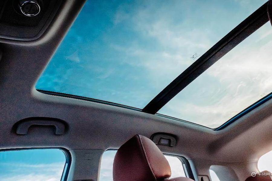 荣威RX5新增车型正式上市 售价14.88万元