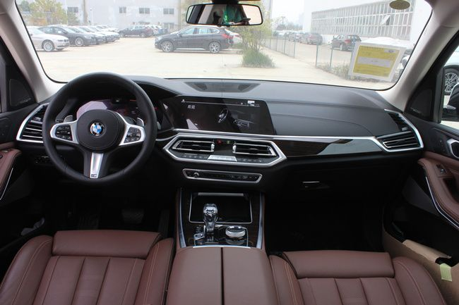 武汉全新宝马X5售77.99万元起 现车在售