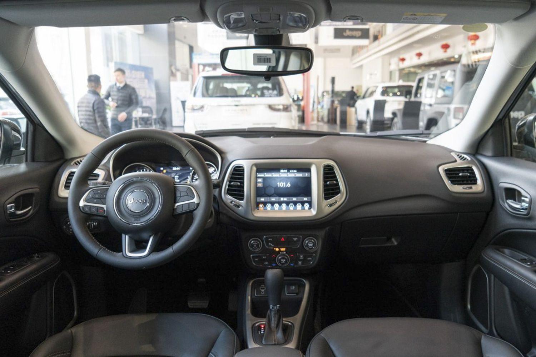 Jeep指南者新增互联大屏版 售18.58万元