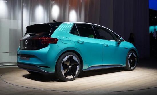 准备好银子 这几款新能源轿车将入华 比特斯拉更