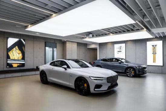 把汽车做成艺术品,全球首家艺术空间落成,极星正式宣战特斯拉?