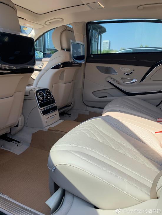 2020款进口奔跑迈巴赫S 450对赛说的冷爱