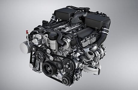 V12双涡轮策动机,享汹涌之礼