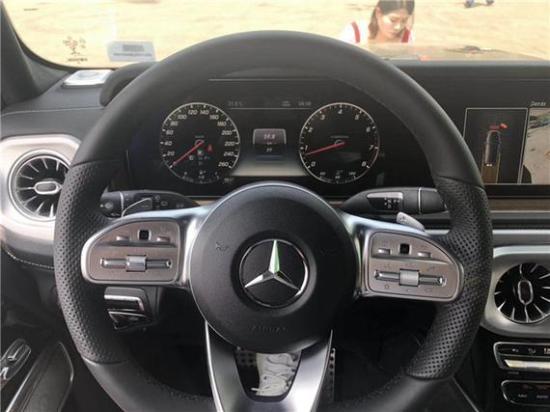 2019款奔驰G500报价时尚感强奢华主流SUV