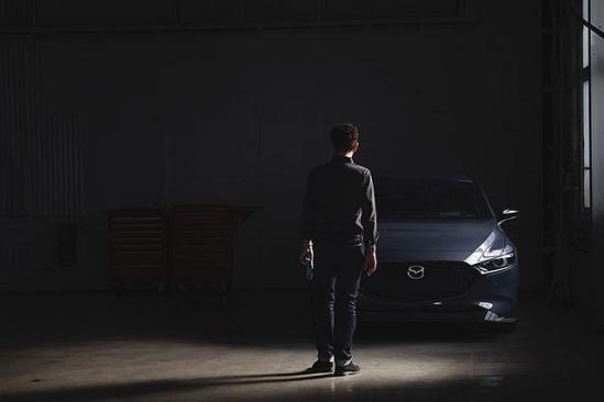 车尾多了Turbo徽饰,带T的昂克赛拉也将在美国上市了