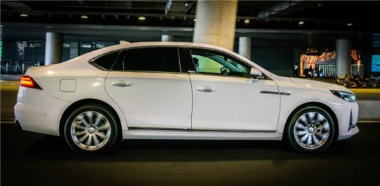 传祺GA8:国产中大型轿车的扛鼎之作?