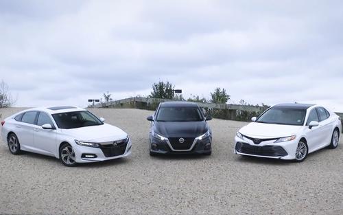 日系B级车三雄争霸,雅阁、凯美瑞和天籁谁更值得购买?