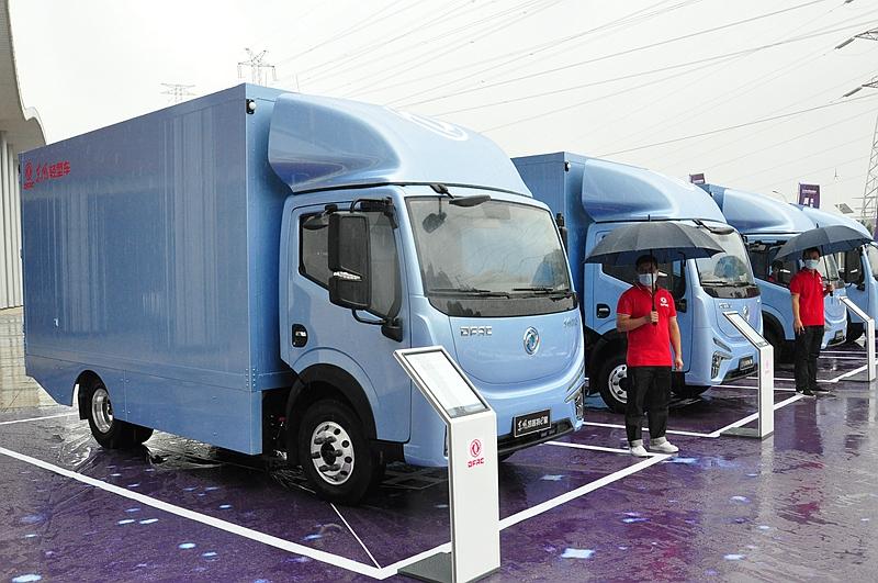 东风汽车股份10月销售汽车15260辆 同比增长18%