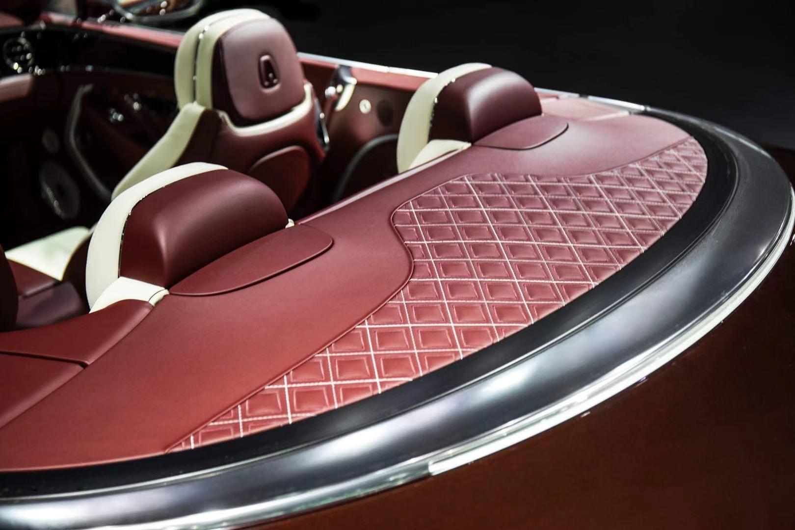 全新欧陆 GT Mulliner 敞篷版于广州车展上演中国首秀