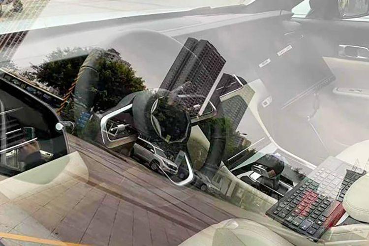 硬件升级/油箱增大 新款理想ONE实车谍照曝光